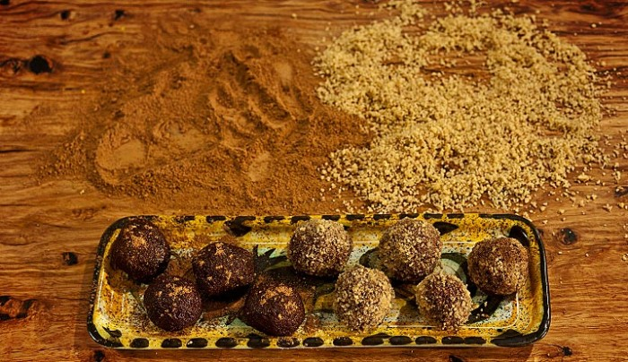 Fig and Cacao Balls