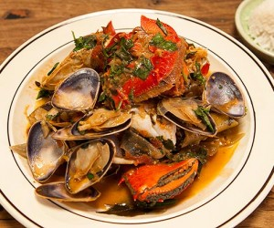 Red Spanner Crab Curry with Coconut & Ginger Infused Pipis