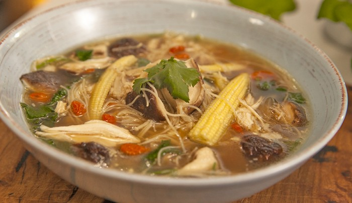 Aromatic Chinese Chicken Soup