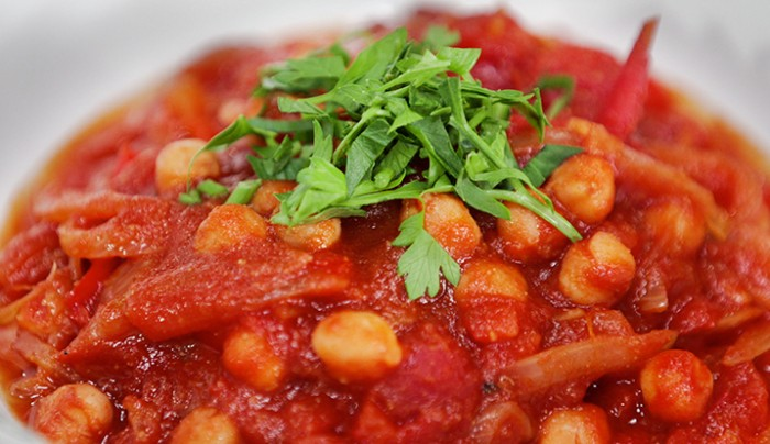 Spicy Tomato and Chickpea Stew