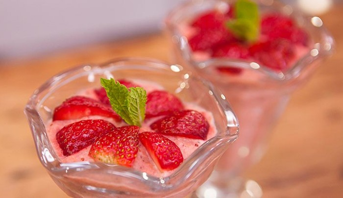 Apple and Strawberry Chilled treats
