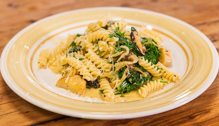 Creamy Trivelle Pasta with Mushrooms & Spinach