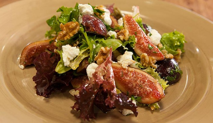 Fig, Goat's Cheese and Walnut Salad