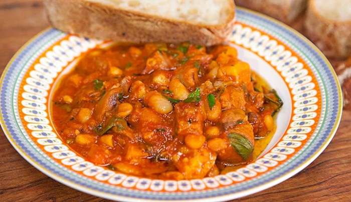 Lamb with Cannellini Beans