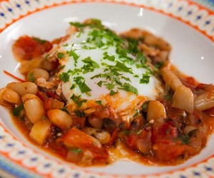Eggs, Cannellini Beans and Tomato