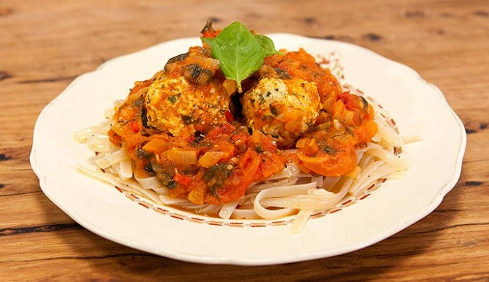 Chicken Meatballs with Gluten-Free Pasta and Healthy Tomato Sauce