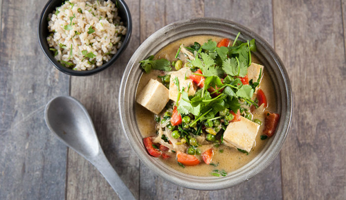 Tofu, Pea and Capsicum Curry