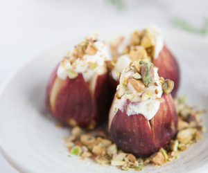 Fresh Figs Stuffed with Rosemary Labneh and Pistachios